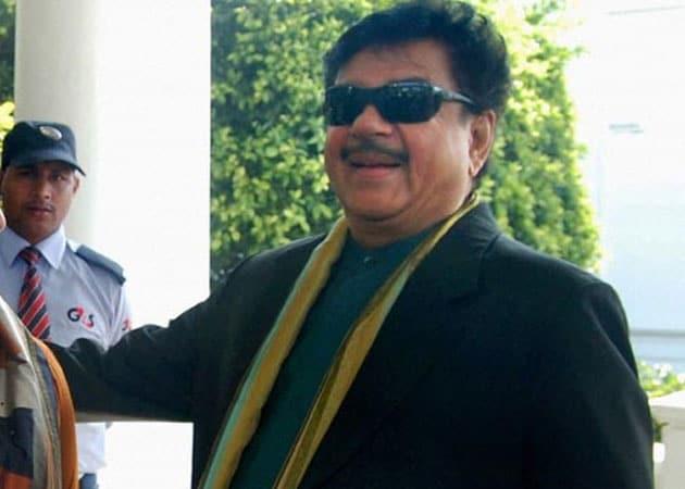 Shatrughan Sinha to get lifetime achievement award