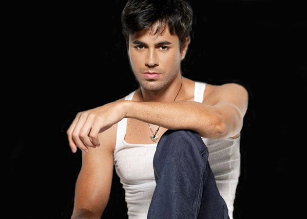 Why Enrique Iglesias is like a vampire