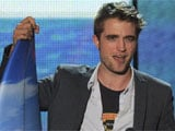 Robert Pattinson dating British artiste?