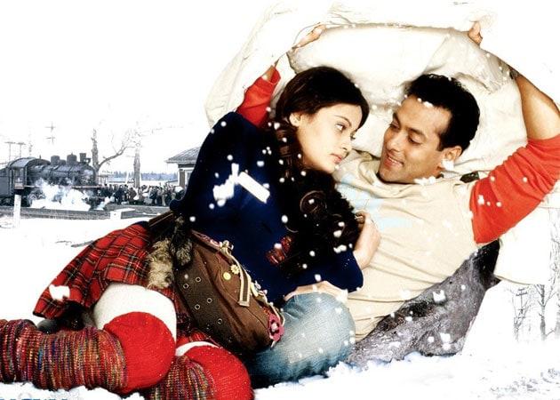 Salman Khan guiding Lucky Sneha Ullal for second innings in Bollywood