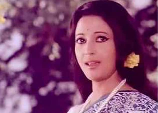 Suchitra Sen on oxygen support
