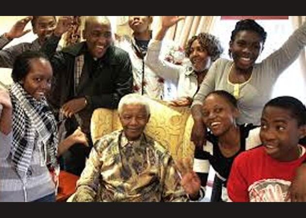 Nelson Mandela's daughters invited for 2014 Oscars