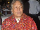 Ustad Amjad Ali Khan auctions sarod for charity