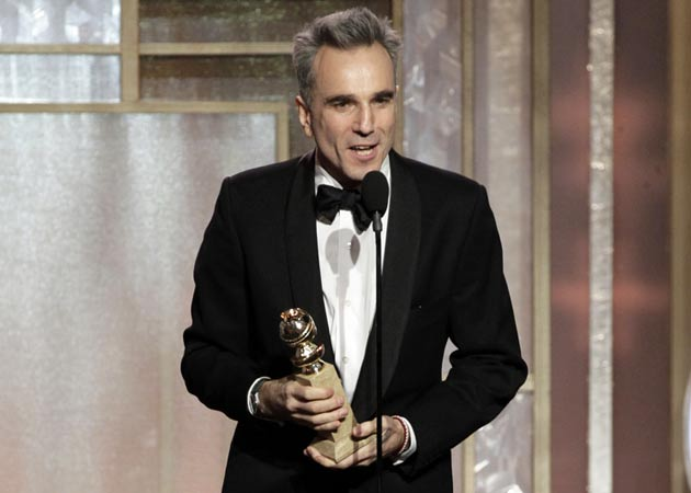 Daniel Day-Lewis to present at the Oscars this year