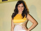 Neha Sharma: Survival of outsiders tough in Bollywood