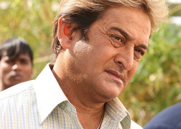 Mahesh Manjrekar to contest elections