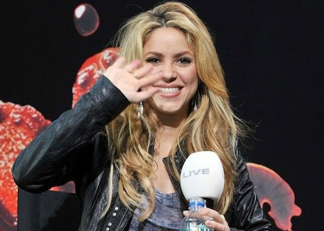Shakira unveils second official World Cup song