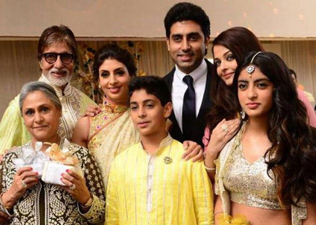 Bachchans, Nandas host special birthday dinner for Jaya