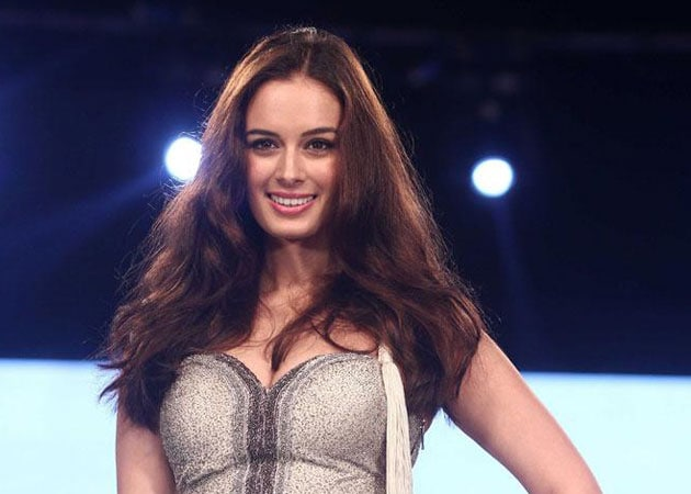 Evelyn Sharma bags lead role in Dannk