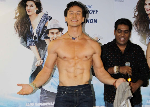 Tiger Shroff's Heropanti includes shirtless dancing, inspires Twitter wit