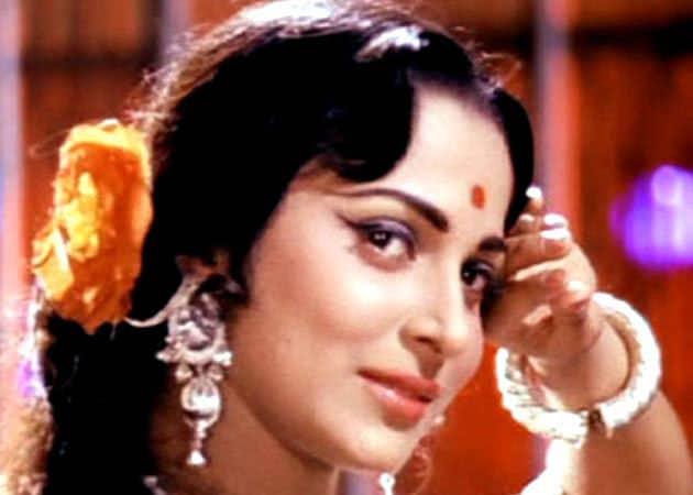 Waheeda Rehman: Directors mind if actress is married, not viewers