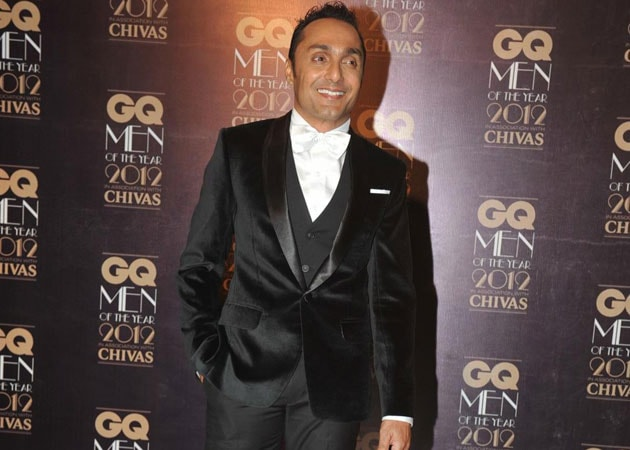 Rahul Bose's First Dance Number. Did he Pass?