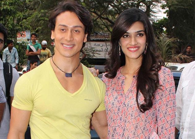Tiger Shroff, Kriti Sanon's Heropanti Impresses Students