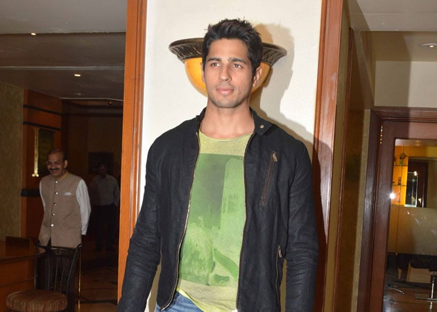 Sidharth Malhotra to Make TV Debut With Show on Bollywood Villains