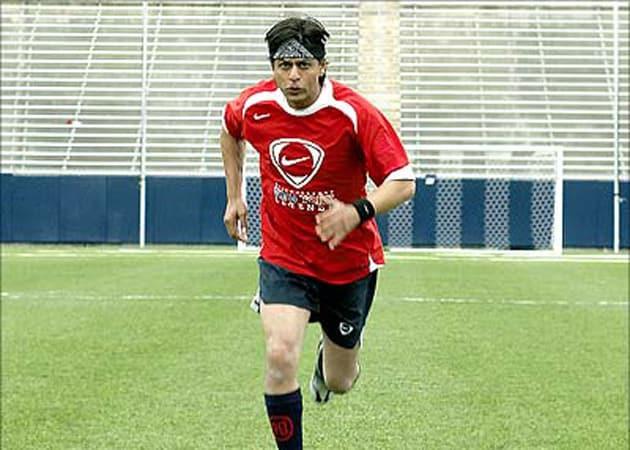 Shah Rukh Khan Has 'TV Glue' Ready for FIFA World Cup