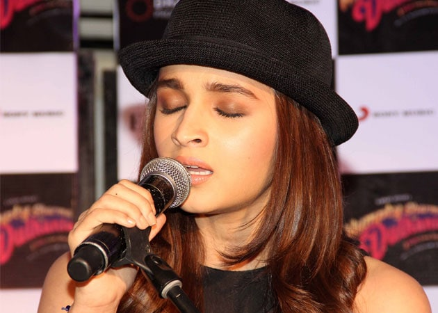 Alia Bhatt: Don't Compare With Shraddha Kapoor