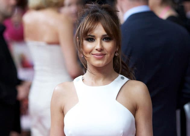 Cheryl Cole Drops Surname From Twitter Handle