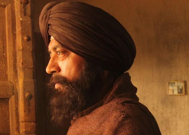 Irrfan Khan wins Best Actor Award at International Film Festival of Queensland