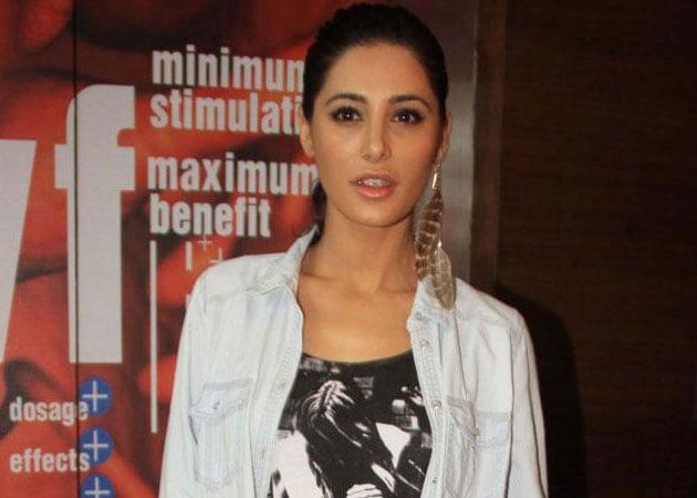 Nargis Fakhri Shoots Item Song for Saahasam