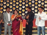 Shah Rukh Khan Delighted to Receive Entertainer of Indian Cinema Award