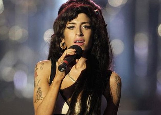 Singer Amy Winehouse's Statue to be Unveiled on 31st Birth Anniversary