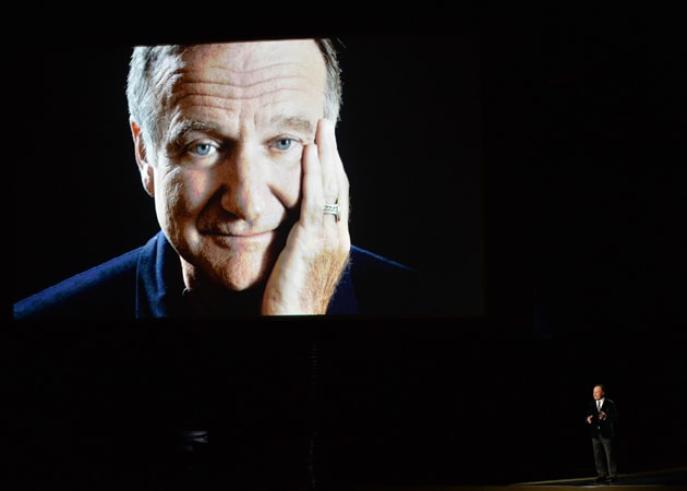 Emmys 2014: Billy Crystal Remembers Robin Williams
