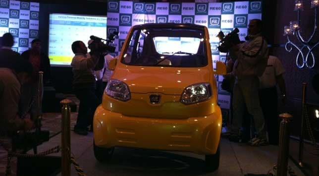 Bajaj Auto launches low cost car RE 60, promises 40 km per litre