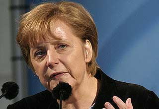Germany approves second Greek bailout package