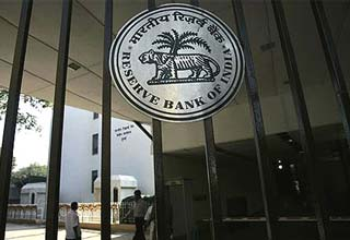 Reserve Bank asks banks to focus on recoveries of non-performing assets
