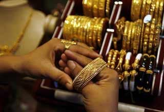 Jewellers call off 21-day strike after meeting with Pranab