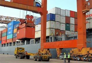Govt, corporate honchos may meet next week on export issues