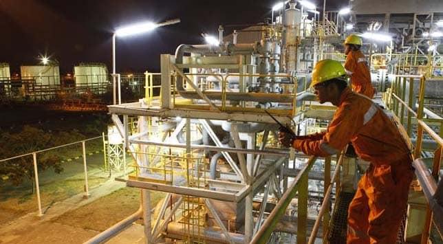 Cairn deal boosts miner Vedanta's core profit