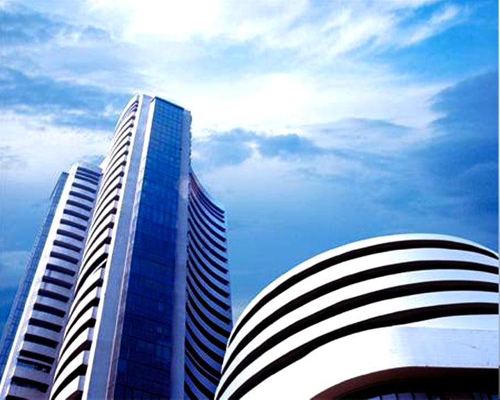 Sensex soars over 350 points, Nifty takes 4950