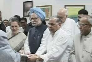 Pranab Mukherjee files nomination papers for Presidential elections