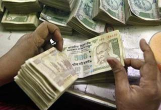What's changing on Rs 10 and Rs 50 notes