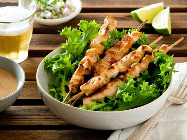Video : Chicken Satay with Peanut Sauce