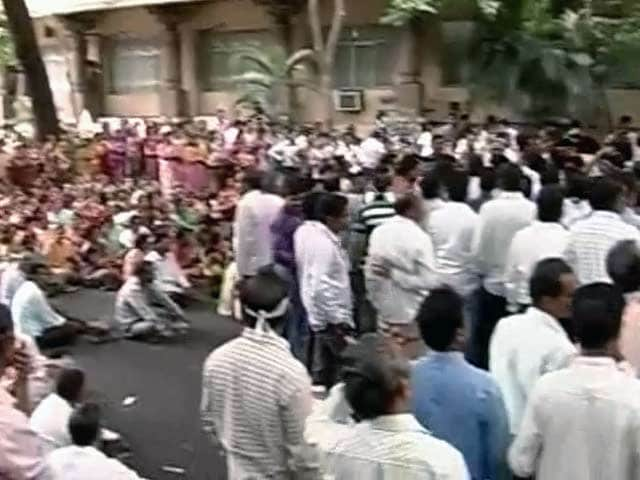 Video : Telangana row: as employees protest, empty Secretariat makes people suffer