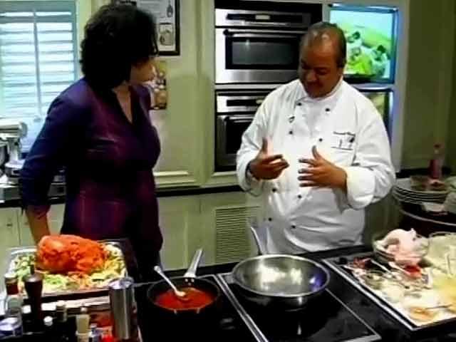 Video : Chef Hemant Oberoi's Kitchen Secrets