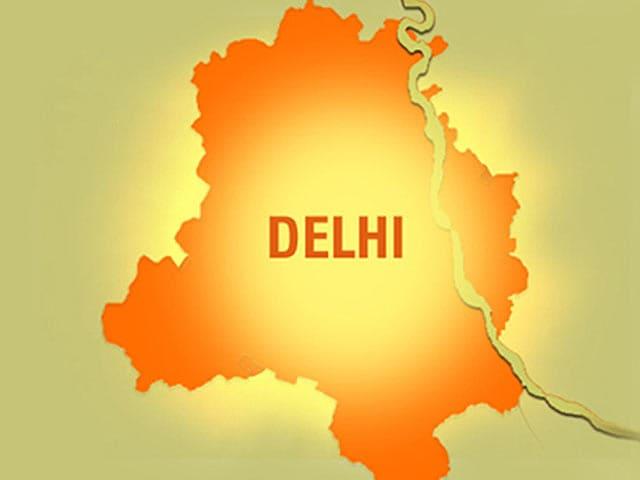 Video : छेड़खानी का विरोध : दिल्ली में बदमाश ने चलाई गोली, दंपती घायल