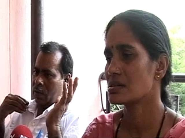 Video : Delhi Gang-rape case:  Hope the punishment is exemplary, says braveheart's mother