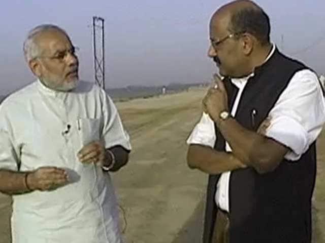 Video : Walk The Talk: Narendra Modi (Aired: April 2004)