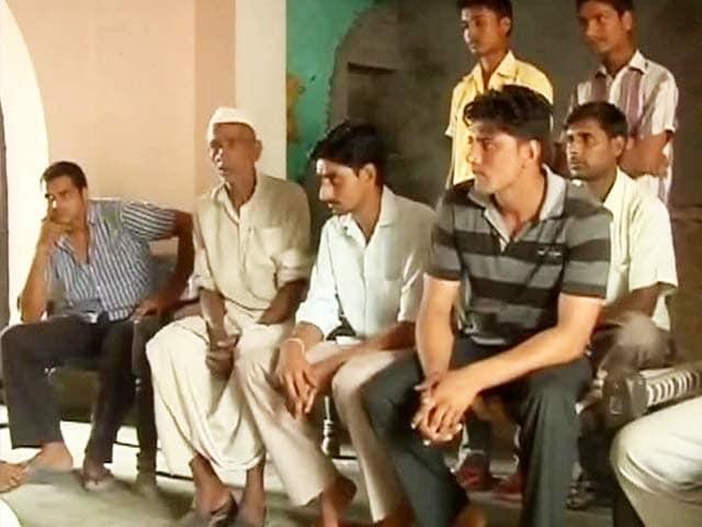 Video : Muzaffarnagar riots: 700 wanted in worst-hit area, only three arrested