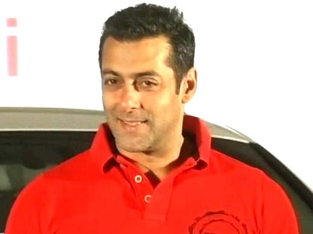 Video : Salman Khan turns producer with <i>Hero</i> remake