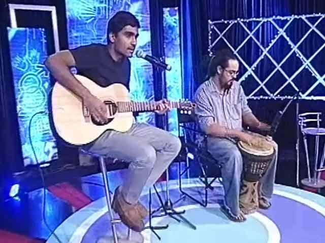 Video : Prateek and Vir perform for 'My Vote Rocks'