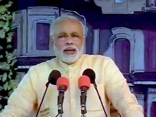 Video : 'Congress-free India will help fulfill Mahatma Gandhi's dream': Modi
