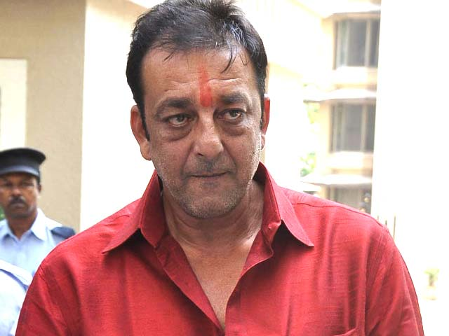 Want to spend time with family: Sanjay Dutt after reaching home