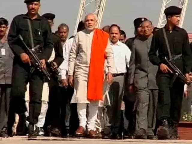 Video : Narendra Modi has his way, diluted Lokayukta Bill passed for Gujarat