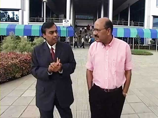 Videos : Walk The Talk: Mukesh Ambani (Aired: August 2003)