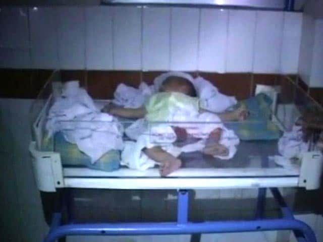 Video : Telangana turmoil: power crisis hits Andhra Pradesh hospitals, newborns suffer