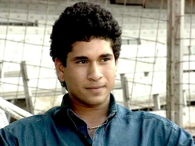 Videos : 19वें जन्मदिन पर सचिन का इंटरव्यू